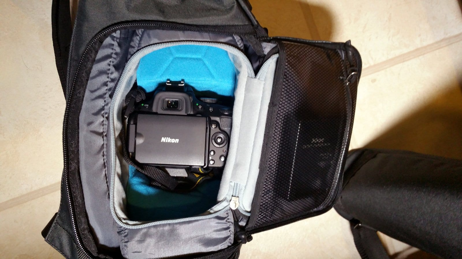 ef546819c983 Thule Covert DSLR Rolltop Backpack Review - Active Gear Review