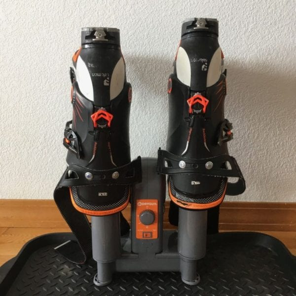 DryGuy Force Dry DX with a heavy, large pair of boots. Stable without tipping.