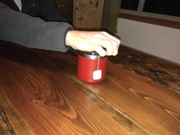 Opening lid on YETI 14 oz Mug
