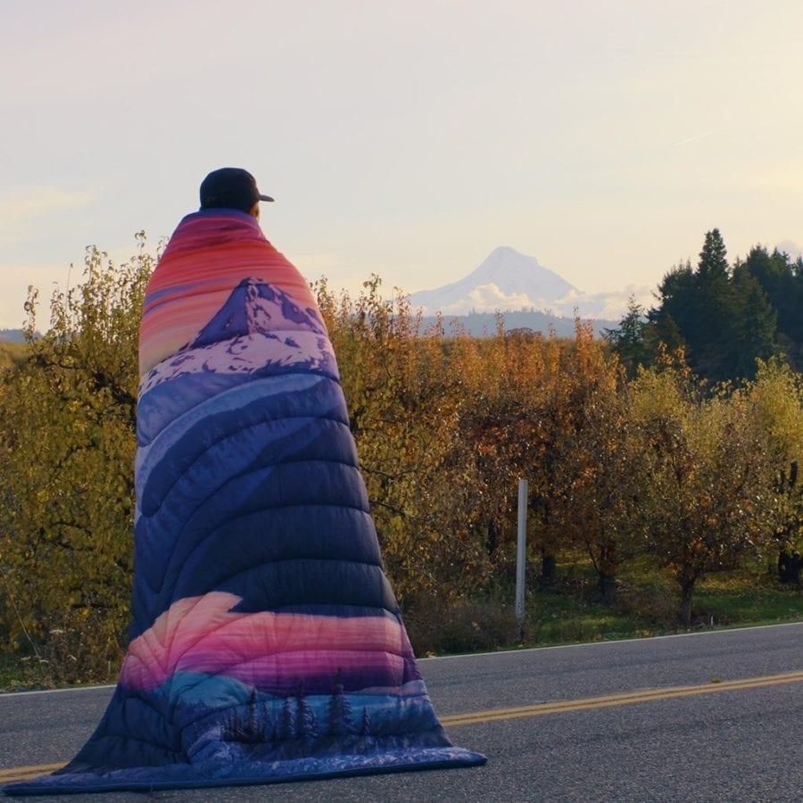 Rumpl x Yakima Puffy Blanket